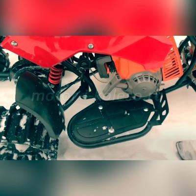 Бензиновый мотор с ручным стартером снегохода Snowquadro SQ-1