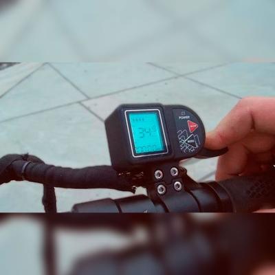 ЖК дисплей Pat Rover Led - индикация режимов работы электросамоката